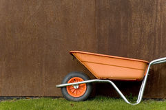 wheelbarrow4 Arkivbild