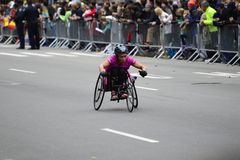 2017 NYC Marathon - Wheelchair Woman Royalty Free Stock Photos