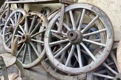 wheels trä Royaltyfria Bilder