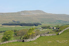 Whernside, trois crêtes, Yorkshire du nord Angleterre Images stock
