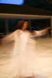 Whirling Tanzenmädchenunschärfe Lizenzfreie Stockfotos