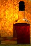 Whiskey de malt simple en glace Photos stock