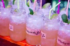 Whiskey nel giorno di San Patrizio del barattolo Fotografia Stock
