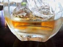 Whiskey sur la roche Photo libre de droits