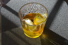 Whiskey sur les roches Images libres de droits