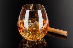 Whisky & Sigaar Stock Afbeeldingen