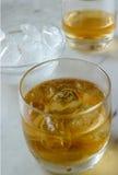 Whisky auf dem Felsen Lizenzfreie Stockbilder