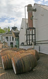 Whisky-Brennerei in Schottland Lizenzfreies Stockbild