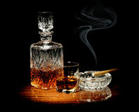 Whisky and a cigar Royalty Free Stock Images