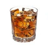 Whisky con el hielo aislado Fotos de archivo libres de regalías