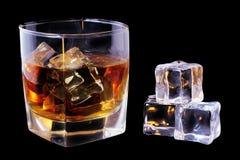 Whisky e ghiaccio Fotografie Stock