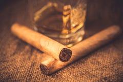 Whisky e sigari Fotografia Stock Libera da Diritti