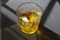 Whisky en las rocas Imágenes de archivo libres de regalías