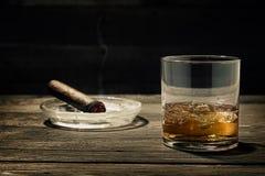 Whisky en las rocas Imagen de archivo libre de regalías