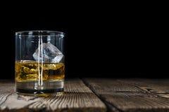 Whisky en un vidrio Fotografía de archivo libre de regalías