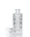 Whisky krystaliczny dekantator na bielu Obraz Stock