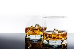 Whisky med is Royaltyfri Foto