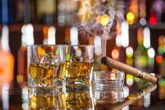 Whisky met ijs Stock Foto