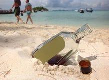 Whisky på stranden Royaltyfria Foton