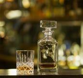 Whisky starzy glases obrazy stock