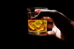 Whisky strzał pije, alkoholów strzały, Szkocki, i alkohol, alkoholiczka zdjęcia royalty free