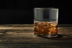 Whisky sulle rocce Fotografie Stock