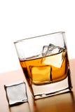Whisky und Eis Stockbilder