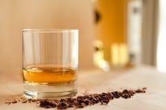 Whisky und Schokolade Stockfotos