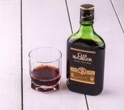 Whisky van Schotland MacGregor en een glas met alcohol Stock Fotografie