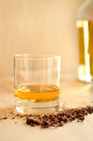 Whisky y chocolate Foto de archivo libre de regalías