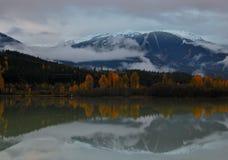 Whistler över den gröna sjön Arkivbilder