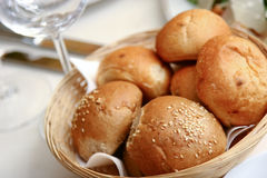Whit van broodjes sesam Stock Foto's