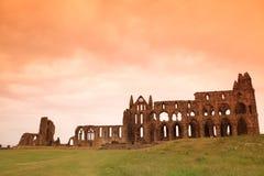 whitby修道院的城堡 免版税库存图片