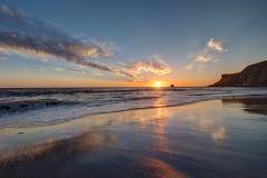 Whitby,北约克郡海岸日出 库存照片
