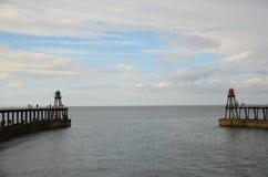 Whitby,捕鱼港口,沿海城市,北约克郡海岸线, 库存照片