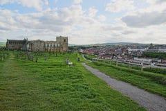 Whitby Abbey Church y cementerio en North Yorkshire en Inglaterra Imagen de archivo libre de regalías
