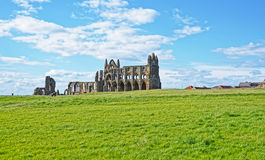 Whitby Abbey i North Yorkshire i England Arkivbilder