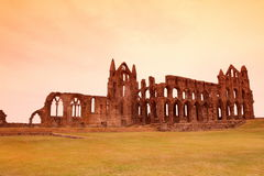 Whitby Abbey-Schloss, ruinierte Benediktinerabtei stationiert auf Whitby-` s Stockbild