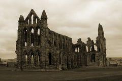 Whitby Abtei im Sepia Stockbild