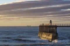 Whitby Harbour Individuato sulla costa Est del nord dell'Inghilterra fotografia stock