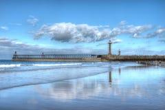 Whitby Harbour Lighthouse Fotografering för Bildbyråer