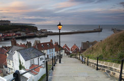 Whitby Jobstepps Stockbilder