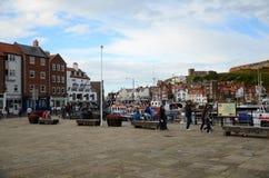 Whitby, puerto pesquero, ciudad costera, costa costa de Yorkshire del norte, Fotos de archivo