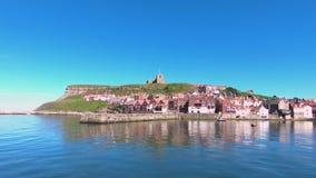 Whitby Waterfront i nordliga England arkivfilmer