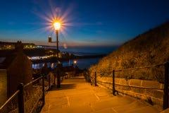Whitbys 199 pasos en la noche Fotografía de archivo