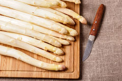 White asparagus on cutting board Stock Photography
