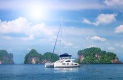 White beautiful yacht Royalty Free Stock Photography