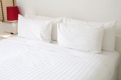 Free White Bed Sheets And Pillows Stock Photo - 60194690