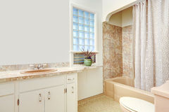 White and beige bathroom Stock Photography