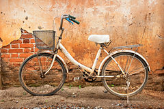 White bicycle and wall Royalty Free Stock Image